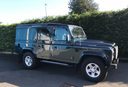 Land Rover Defender 110 XS